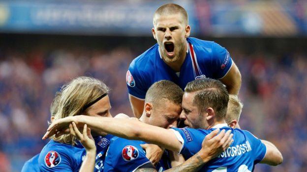 Би-Би-Си: «Команда из народа» бросила вызов сборной России по футболу.