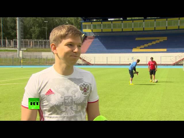 RT: «Мы не хуже»: болельщики рассказали RT, почему решили бросить вызов российской сборной